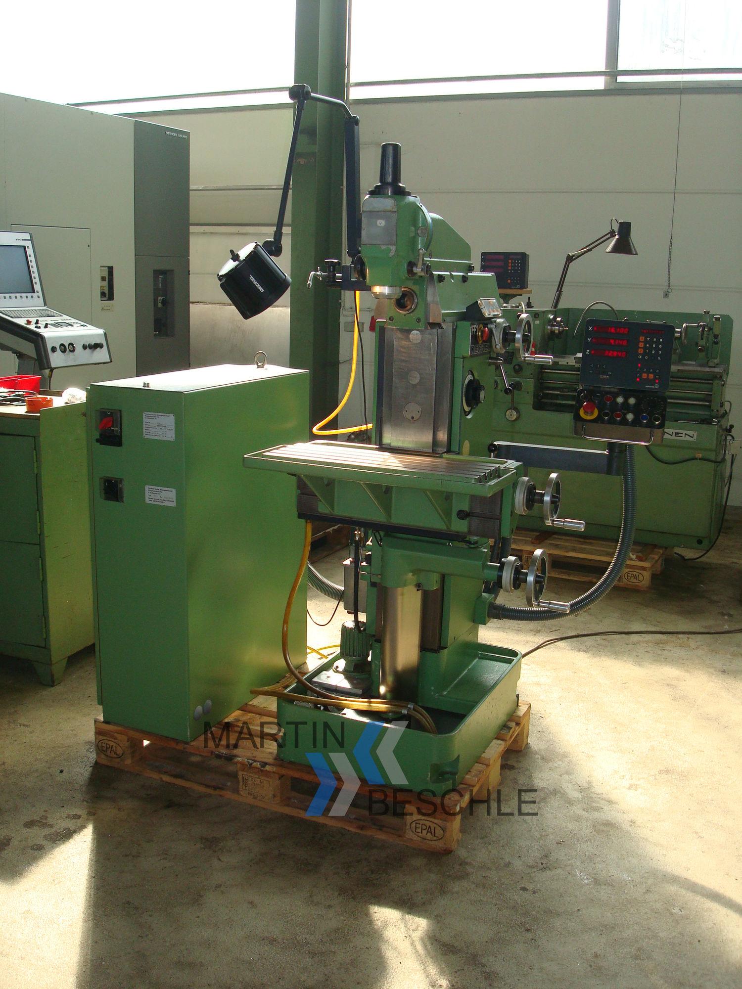 Universalwerkzeugfräsmaschine DECKEL FP 1 - Beschle